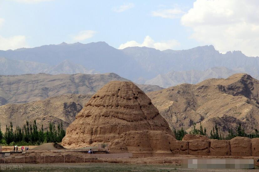 中国4座金字塔式大墓,最神秘的一座被写进小说,可惜都被盗过